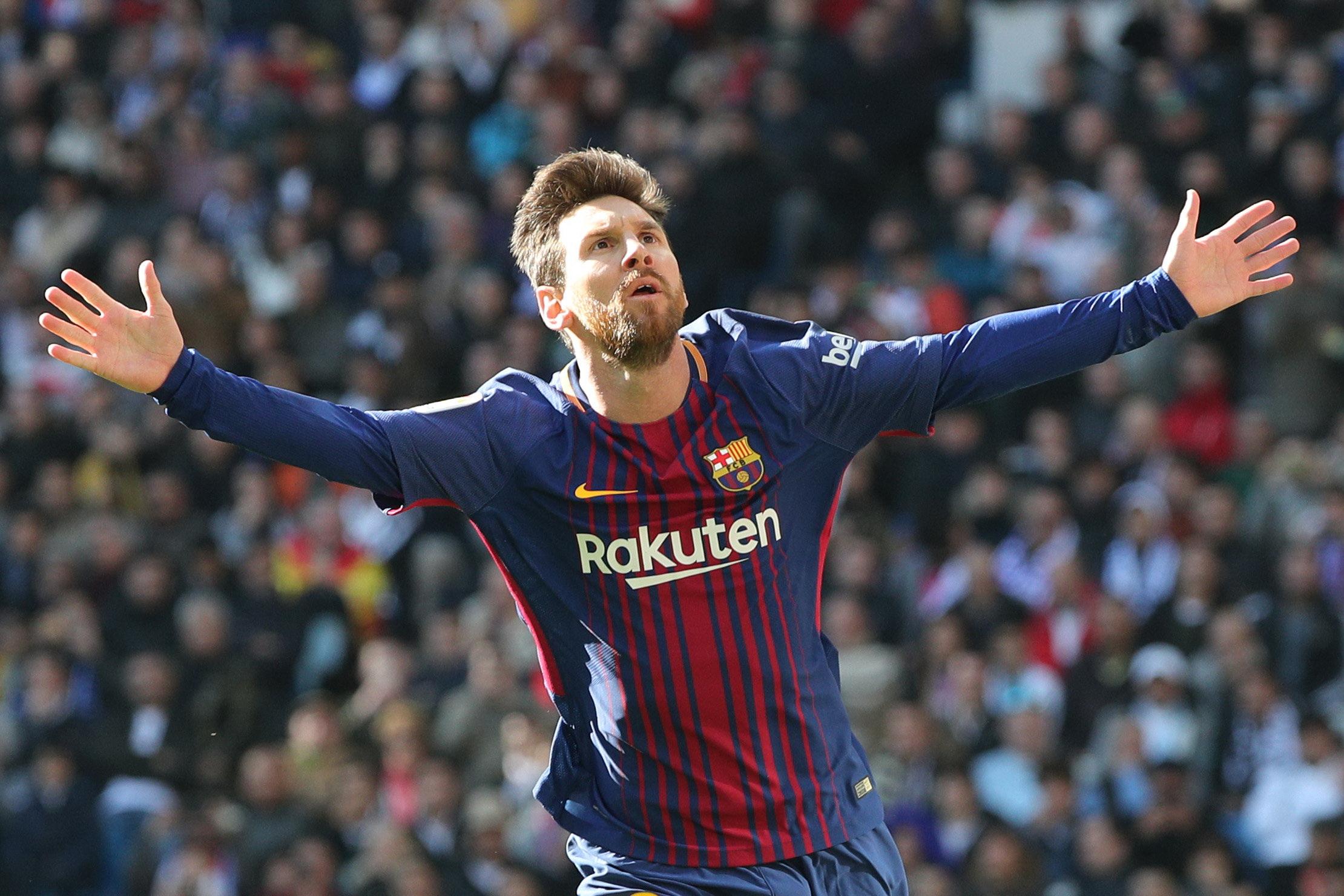 Messi tỏa sáng rực rỡ giúp Barca đè bẹp R.M