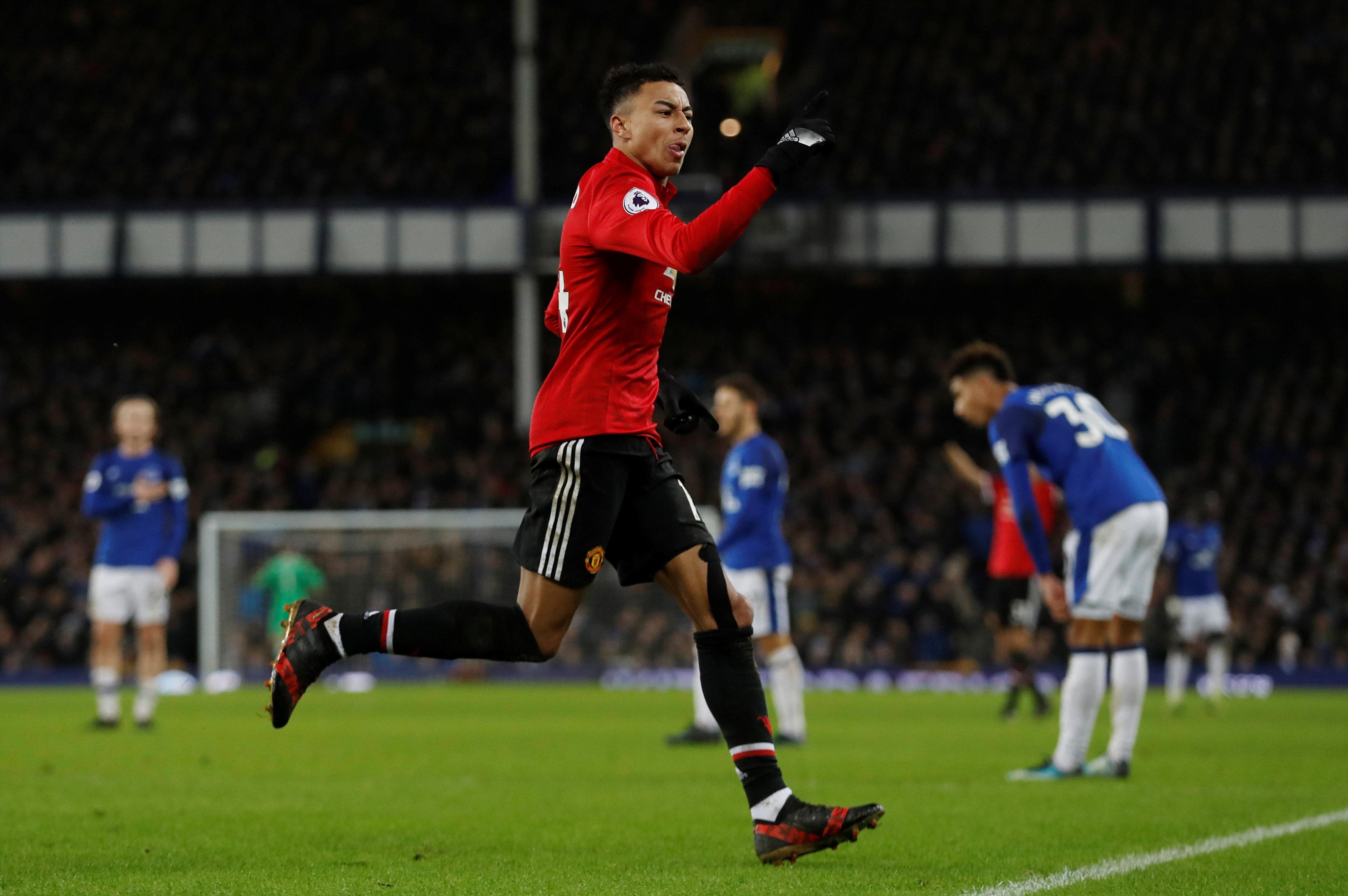 Niềm vui của Lingard sau khi nâng tỉ số lên 2-0 cho M.U. Ảnh: REUTERS