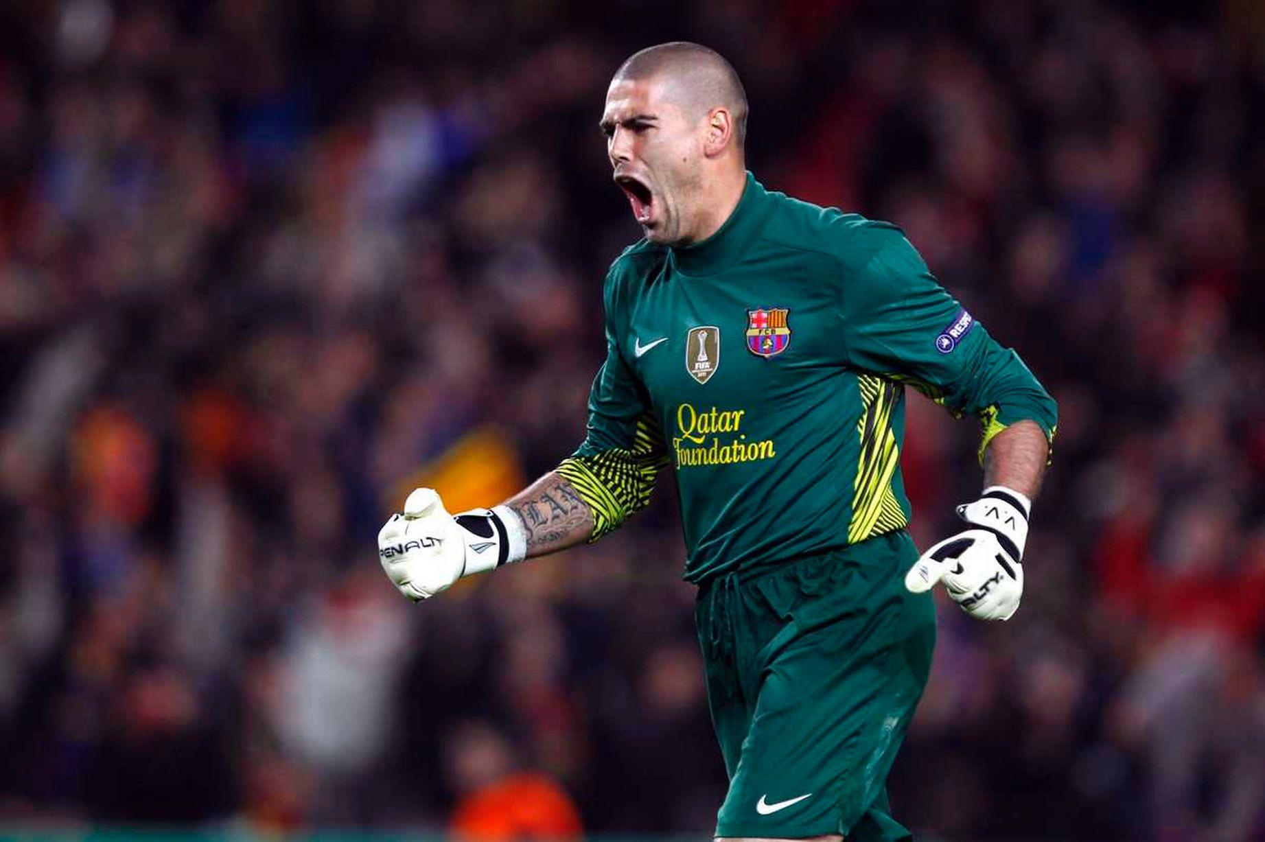 Valdes chọn rời khỏi Barca để khẳng định bản thân. Ảnh: ACTON IMAGES
