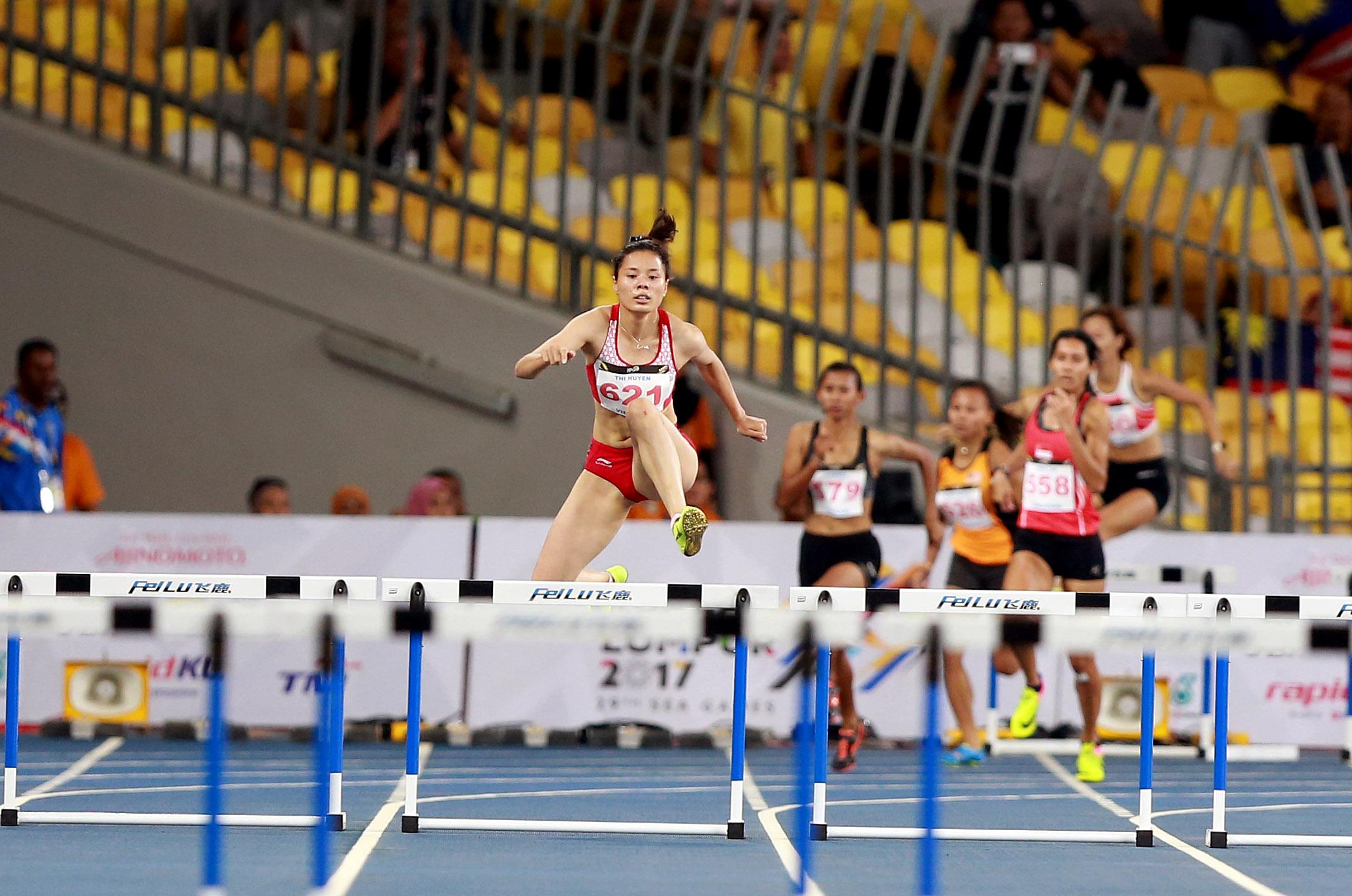 Nguyễn Thị Huyền thi đấu ở SEA Games 29. Ảnh: NAM KHÁNH