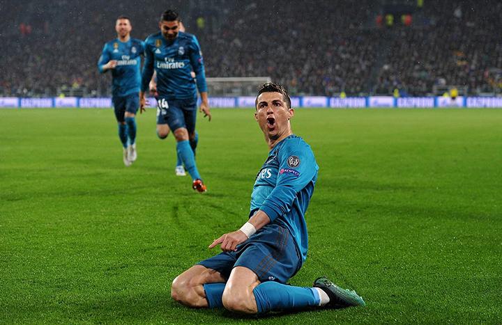 Ronaldo tỏa sáng với cú đúp bàn thắng vào lưới Juventus. Ảnh: GETTY IMAGES
