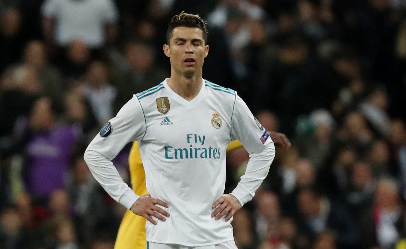 Vẻ mặt thất vọng của Ronaldo sau khi R.M bị thủng lưới bàn thứ hai. Ảnh: REUTERS