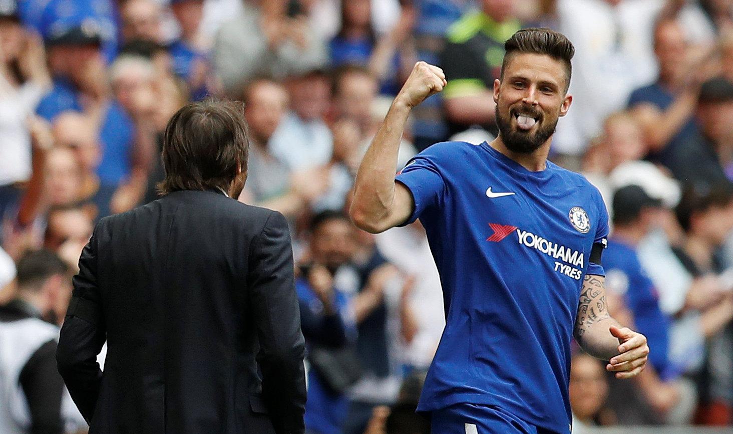 Giroud ăn mừng bàn mở tỉ số cho Chelsea. Ảnh: REUTERS